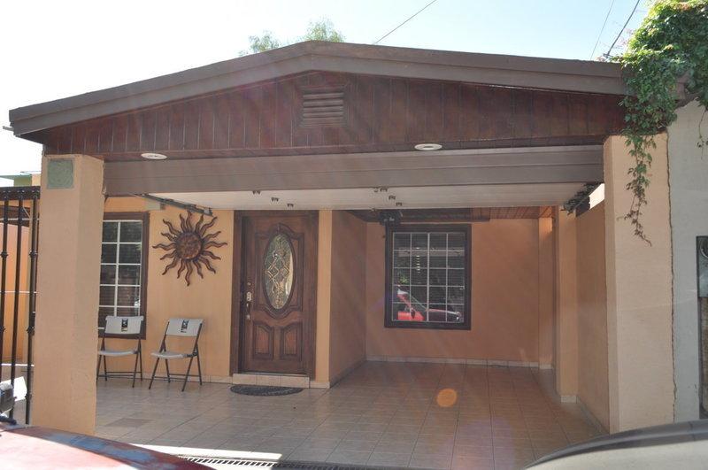 1 de 16: Casa en renta en Jardines del Lago