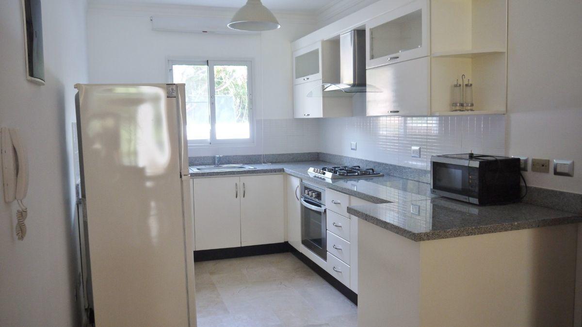 5 de 28: Apartamento punta blanca punta cana primer piso 2 dormitorio