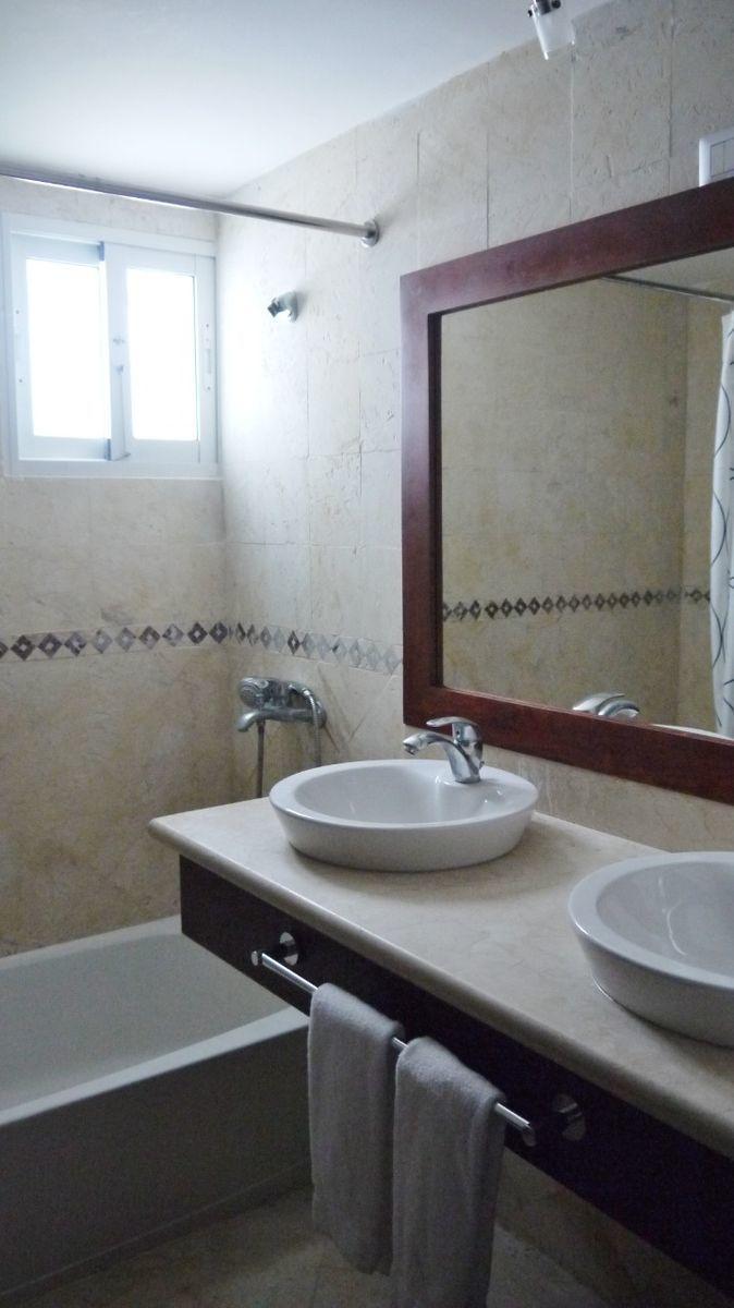 25 de 28: Apartamento punta blanca punta cana primer piso 2 dormitorio