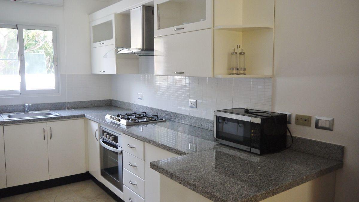 3 de 28: Apartamento punta blanca punta cana primer piso 2 dormitorio