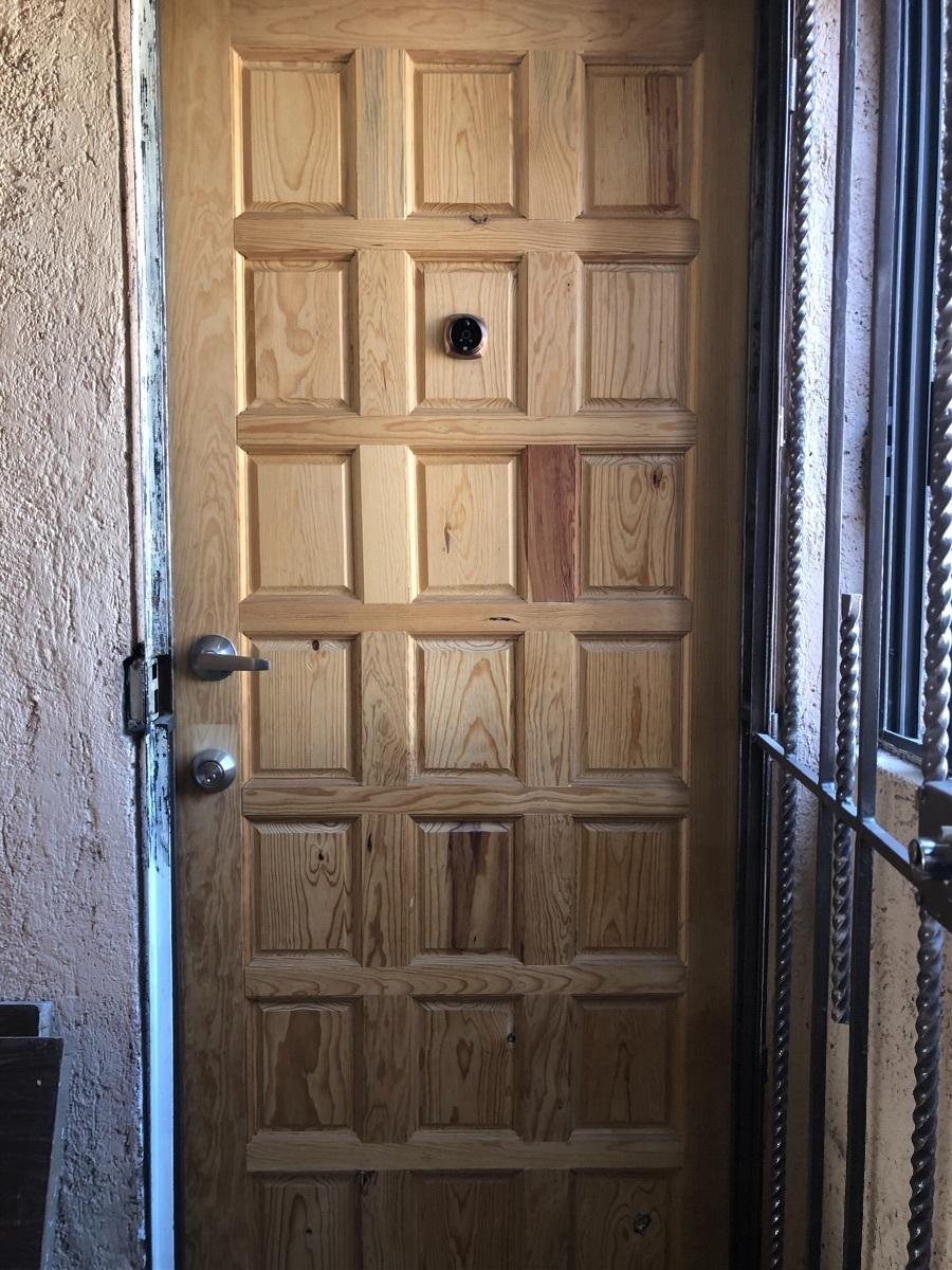 11 de 11: Puerta de acceso