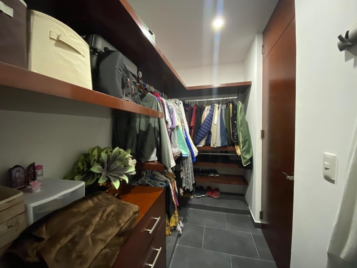 20 de 33: closet vestidor rec 2