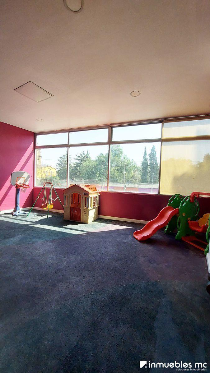 28 de 29: Área de juegos infantiles