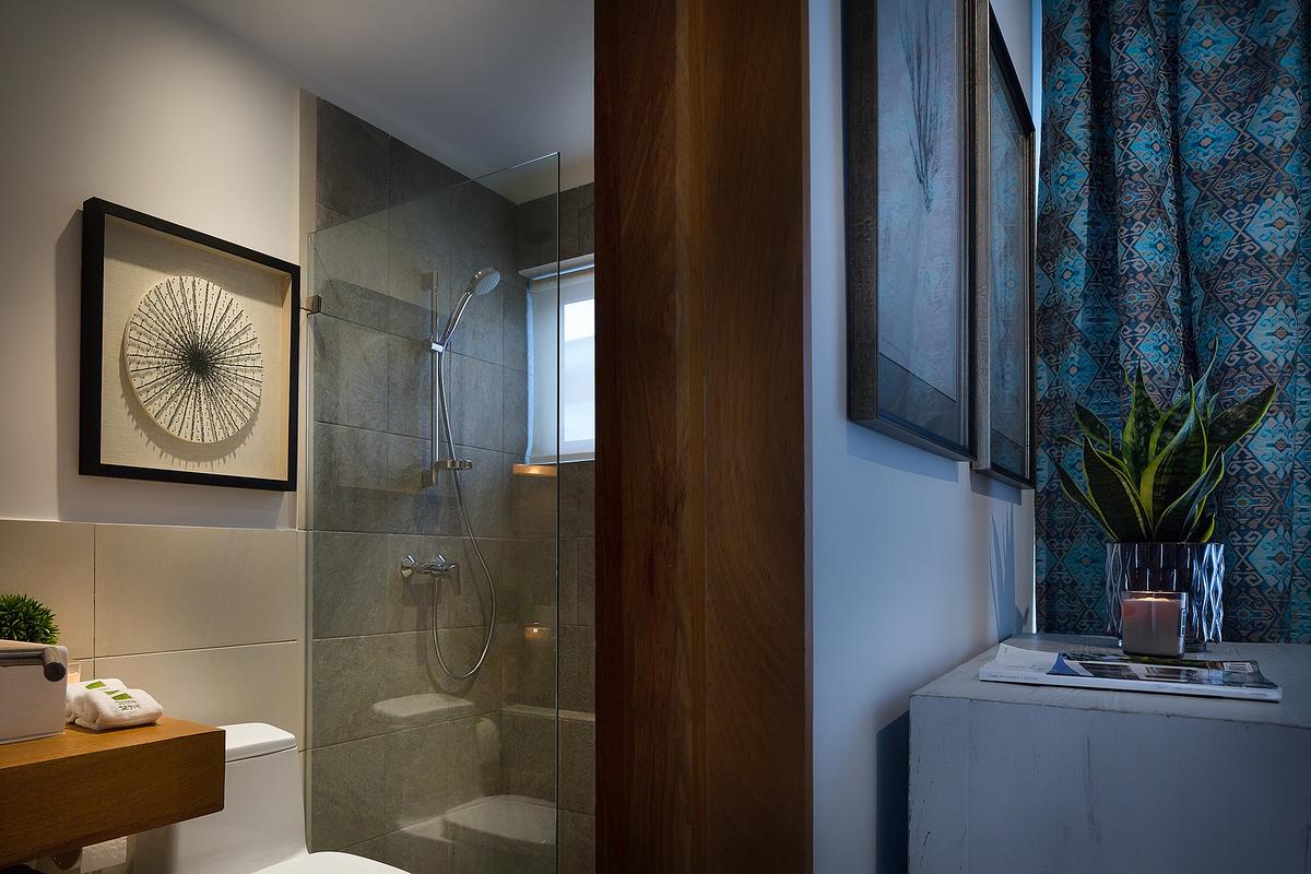 14 de 25: Habitación secundaria y baño