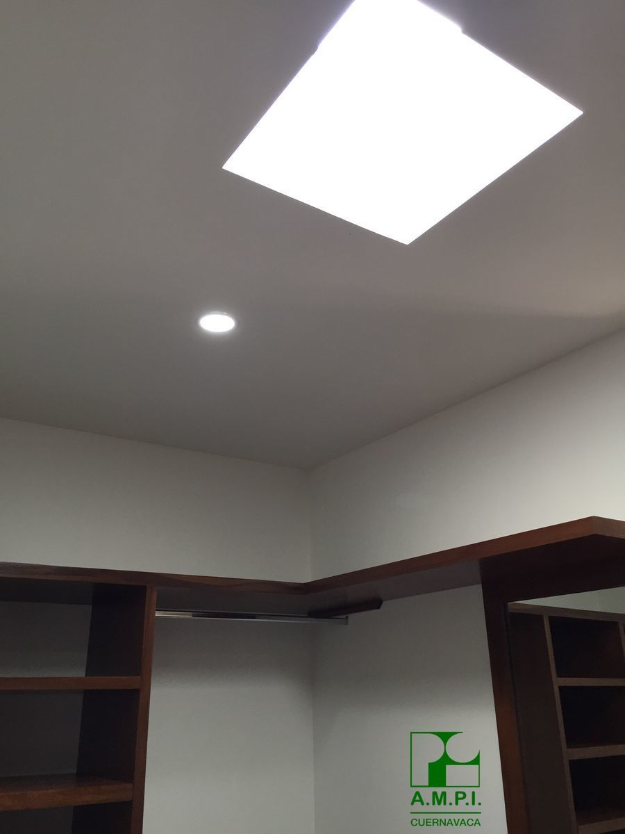 16 de 36: Luz ambientada e indirecta LED