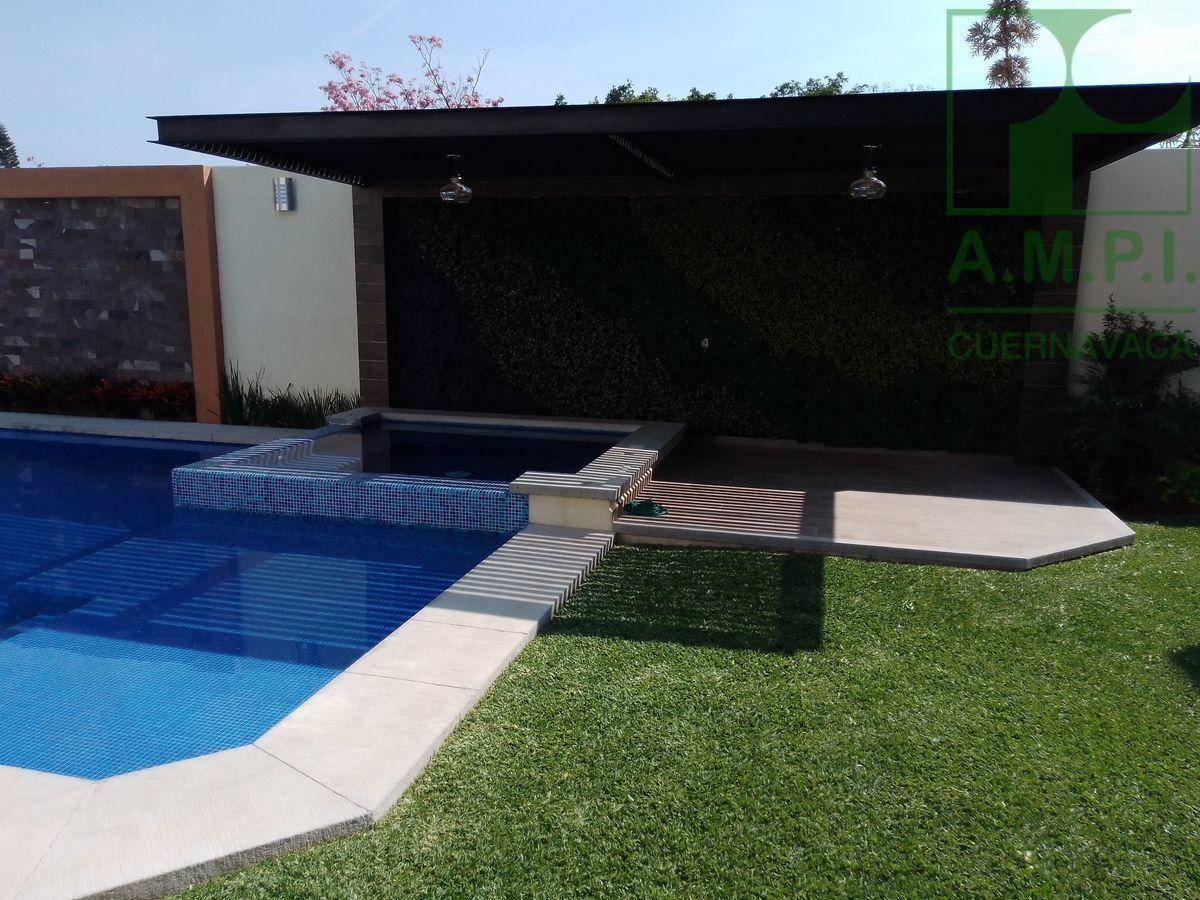 6 de 36: Alberca, jardín y terraza, Cuernavaca
