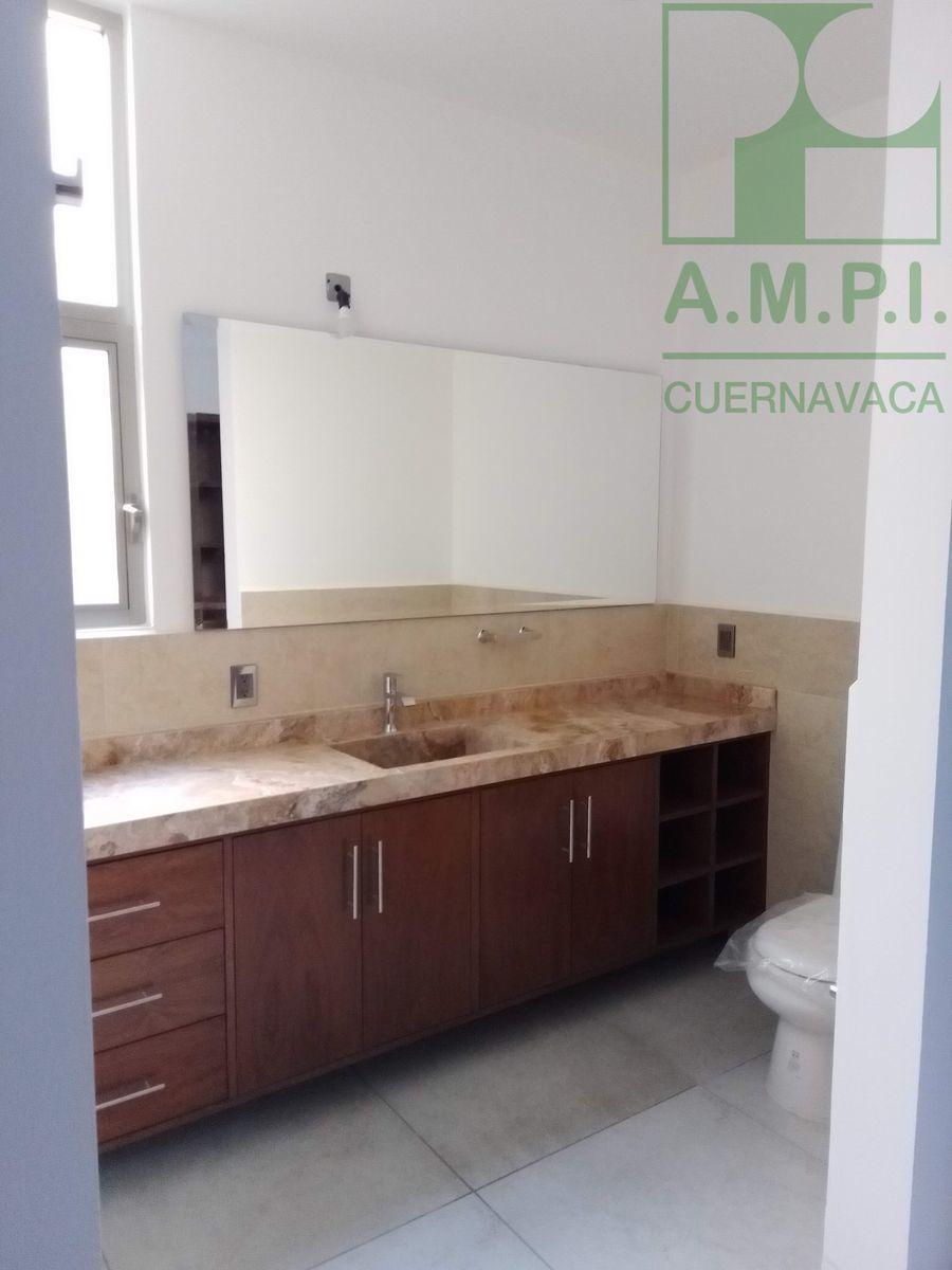 13 de 36: Habitaciones amplias con baño completo y vestidor, acabados