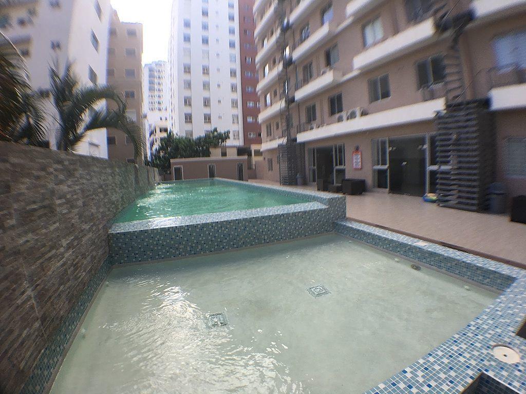 9 de 11: Jacussy y piscina