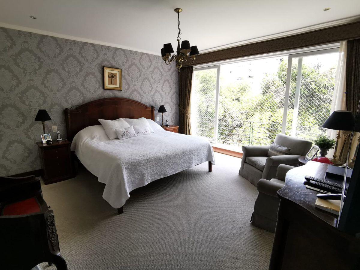 21 de 27: Gran dormitorio principal con hermosa vista al Boulevard