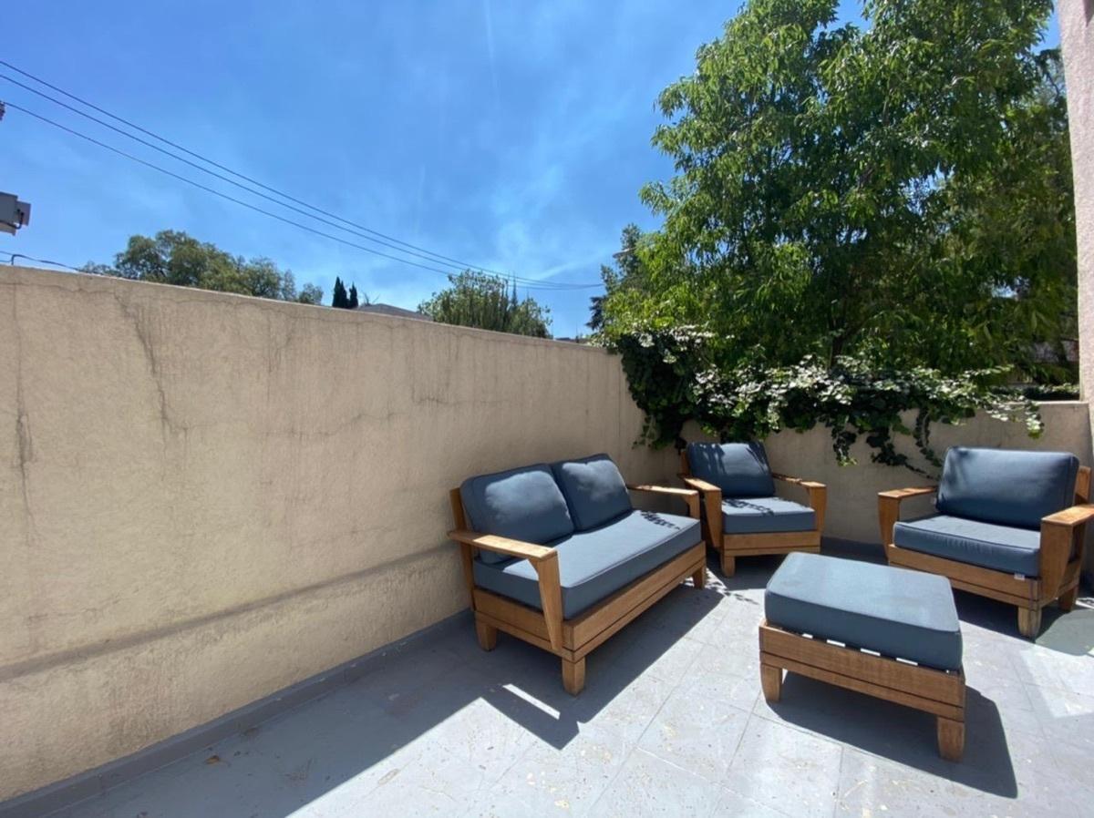 12 de 12: Agradable terraza