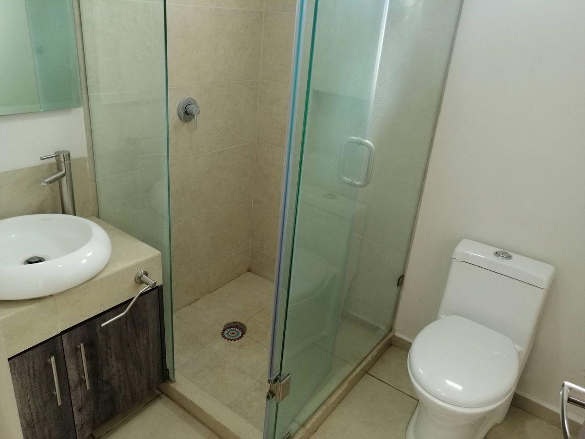 25 de 35: Baño Completo p.a
