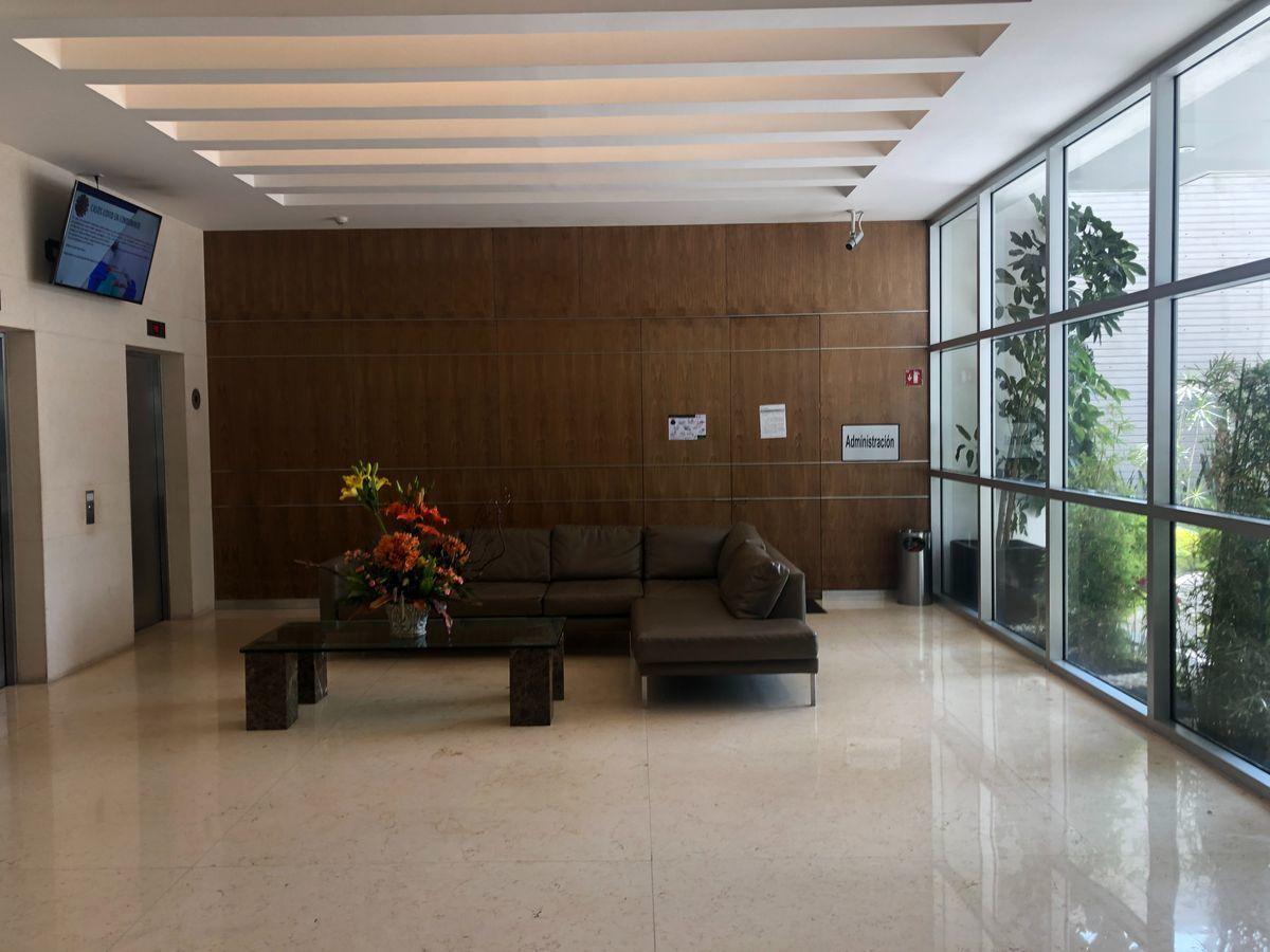 3 de 25: Lobby