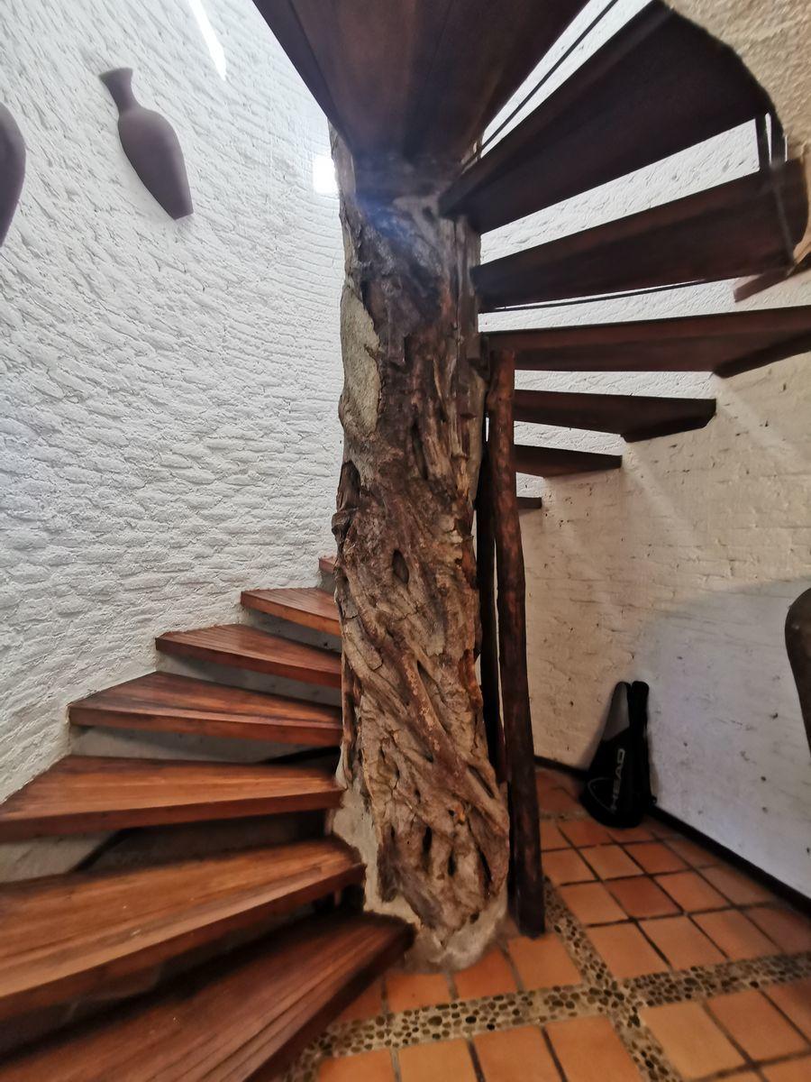 3 de 25: Escaleras