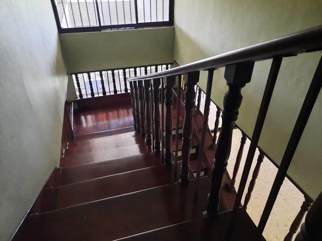 15 de 18: Escaleras