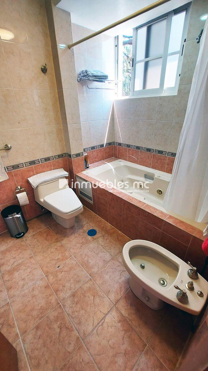28 de 38: baño recamara principal