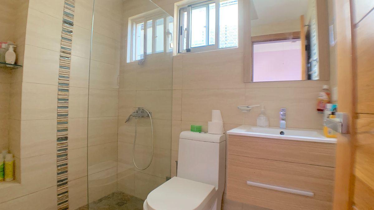 17 de 22: Baño habitación secundaria 1