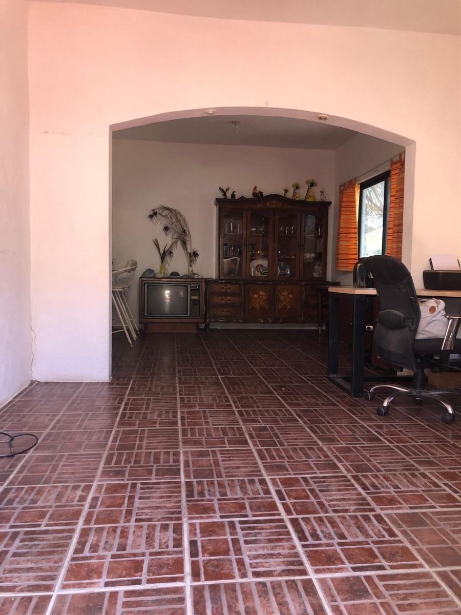 11 de 11: Area de sala u oficina