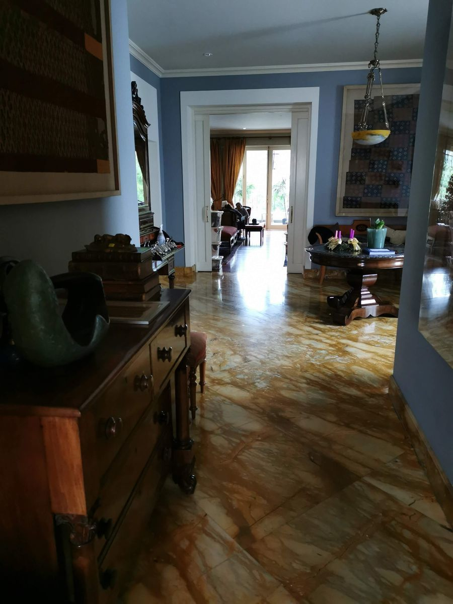 16 de 35: Recibo del departamento con hermoso piso de mármol