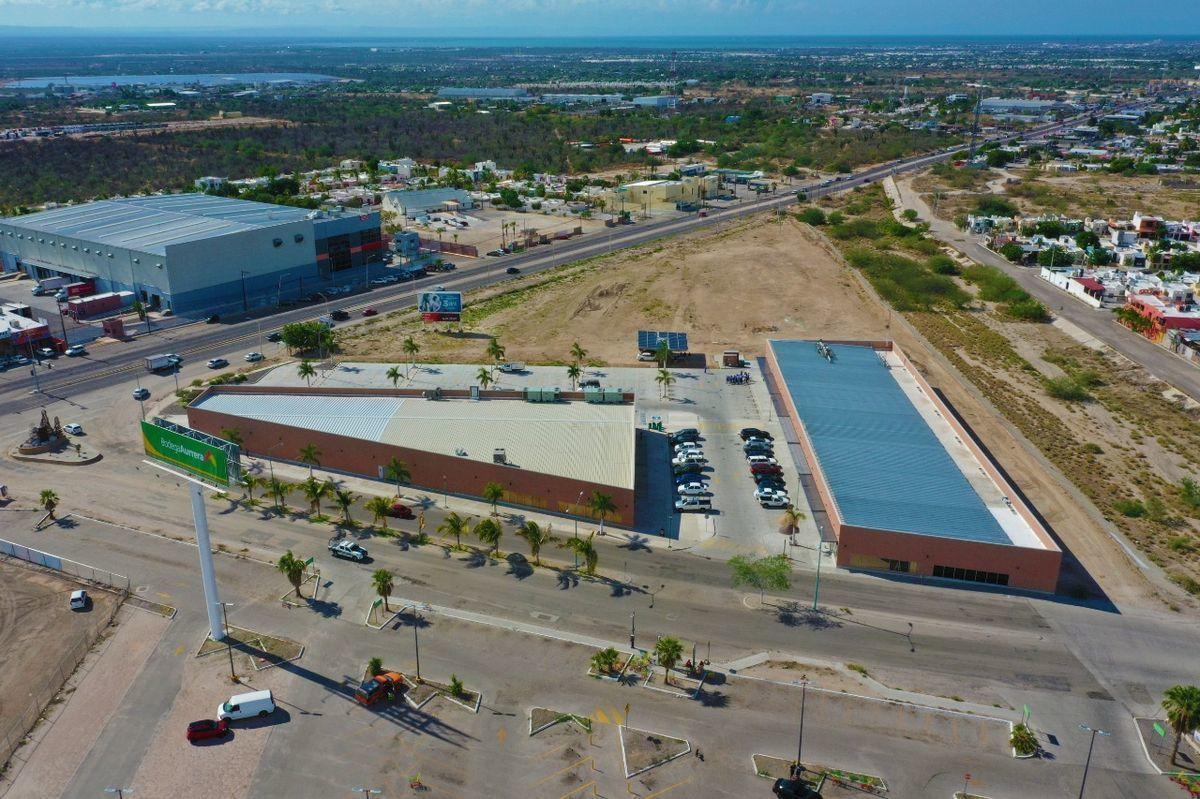 3 de 9: Vista aérea de la Plaza 1