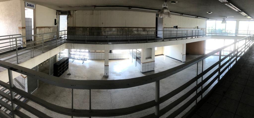 2 de 4: Interior