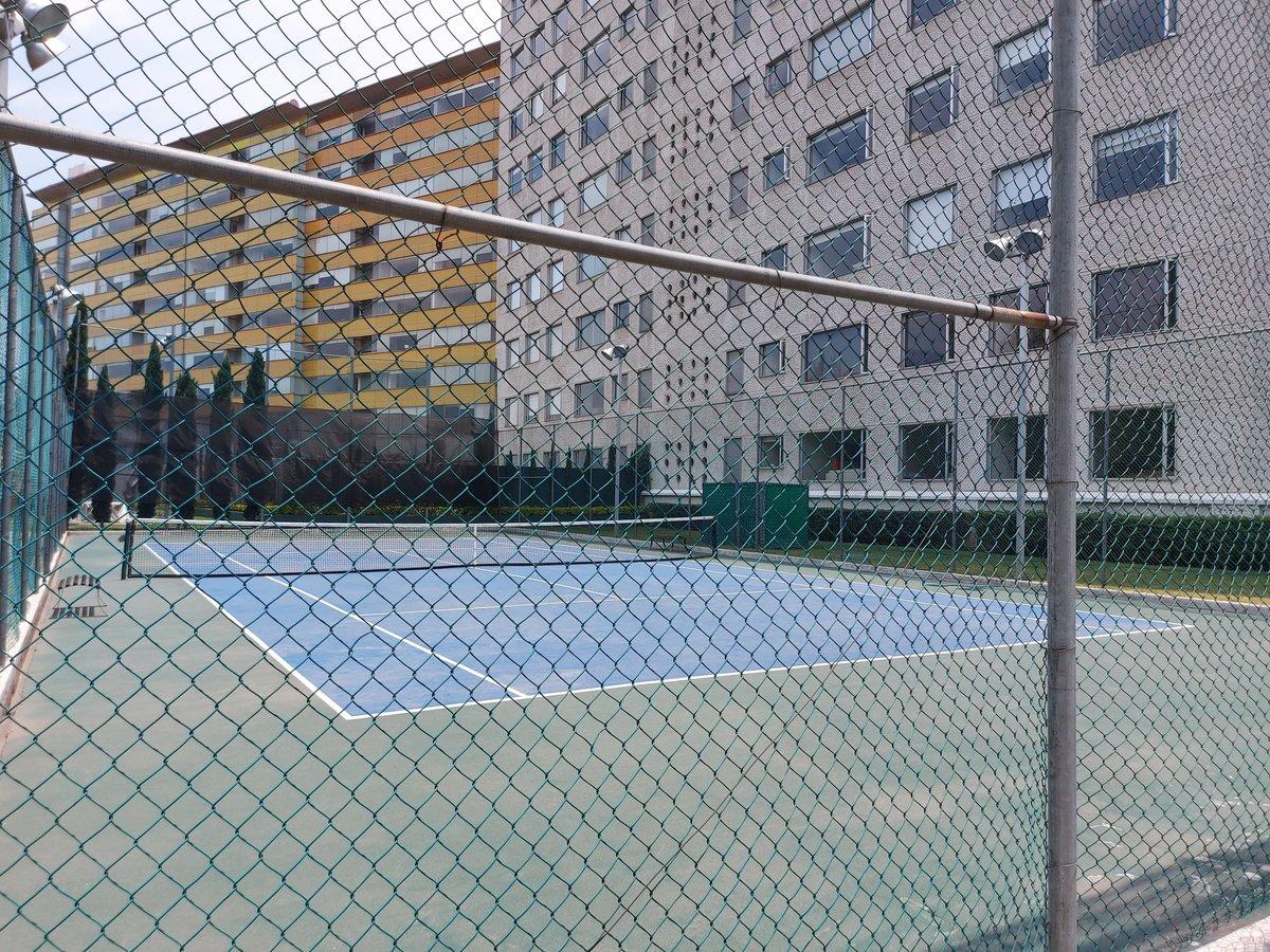 9 de 24: Cancha de Tenis