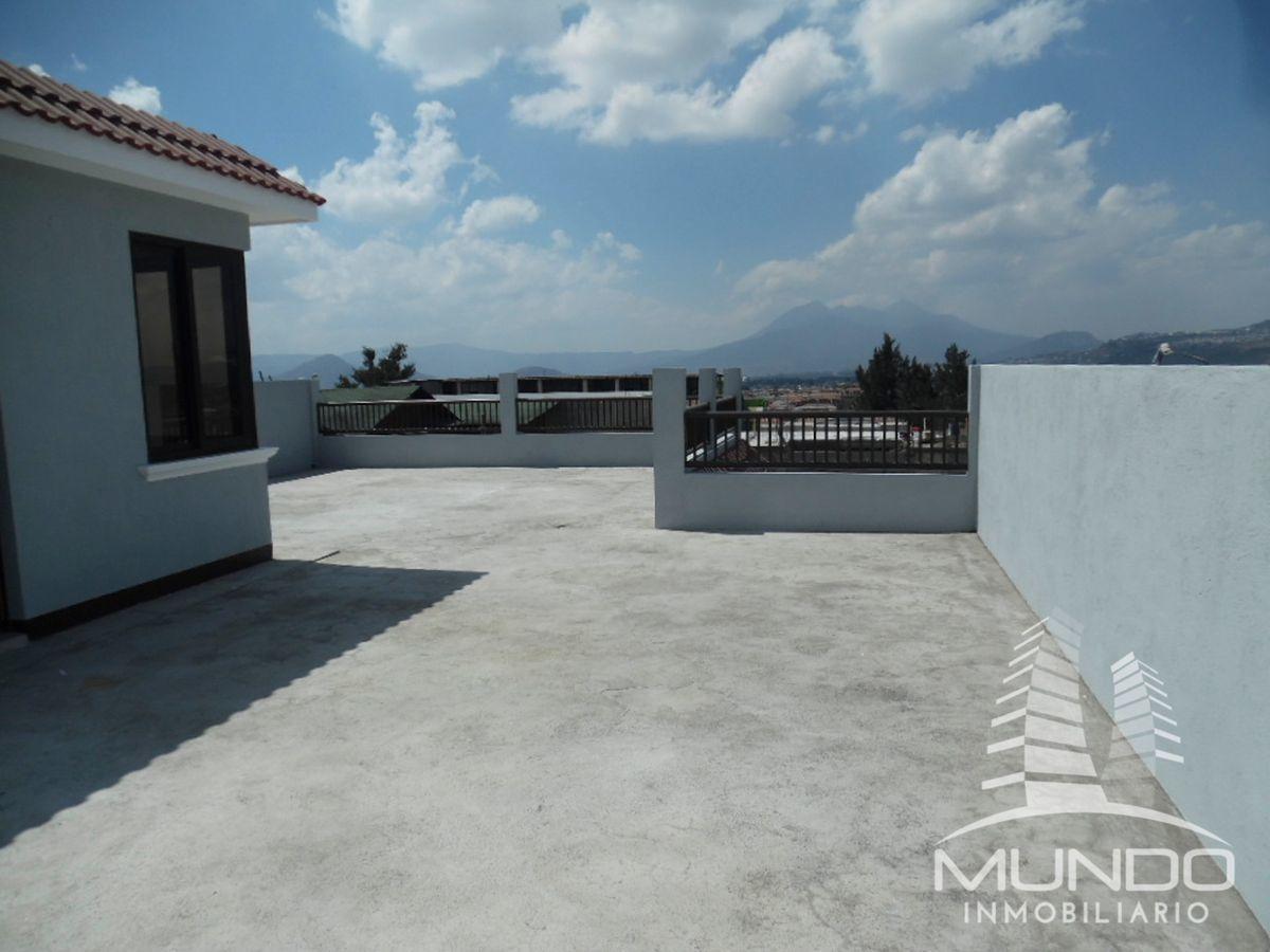 13 de 20: Amplia terraza y vista de 360 Grados