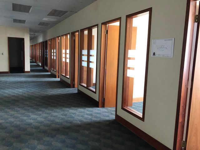 2 de 12: Área de Oficinas