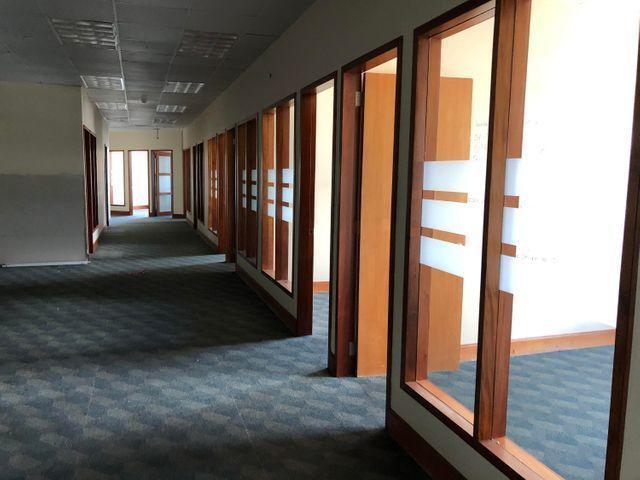 3 de 12: Área de Oficinas