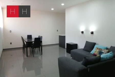 EB-HH0750