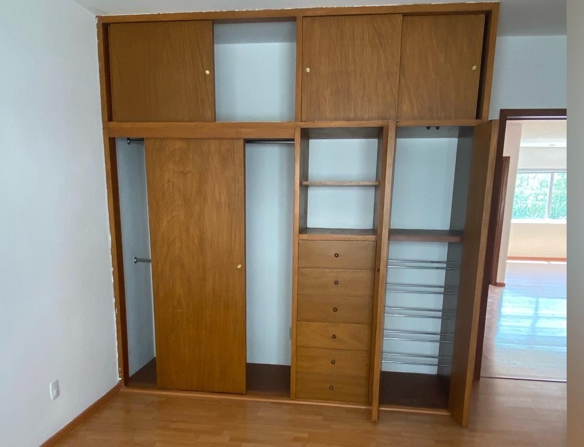 10 de 15: Closet 2a Recámara