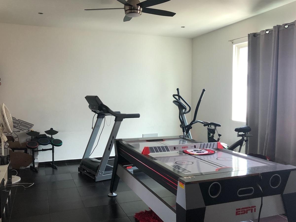 16 de 17: Área de Gym