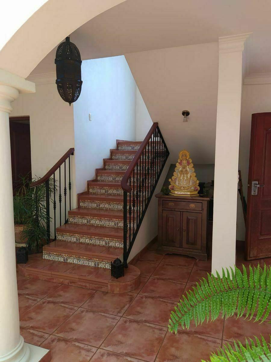 18 de 24: Escaleras