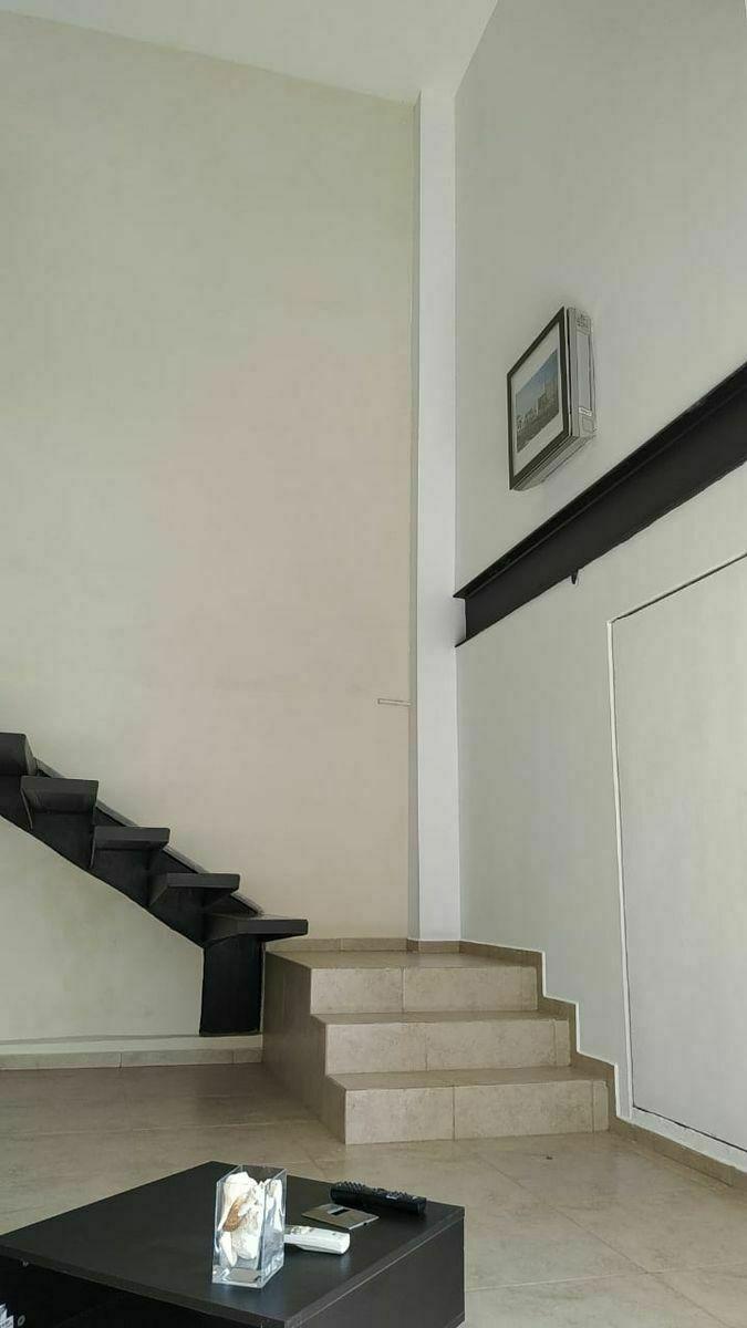 3 de 9: Escaleras