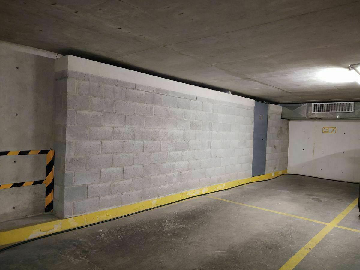 30 de 31: Estacionamiento y Bodega