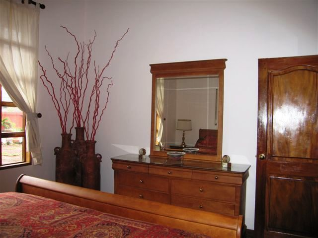 39 of 45: Second Bedroom with Etahn Allen furnishings