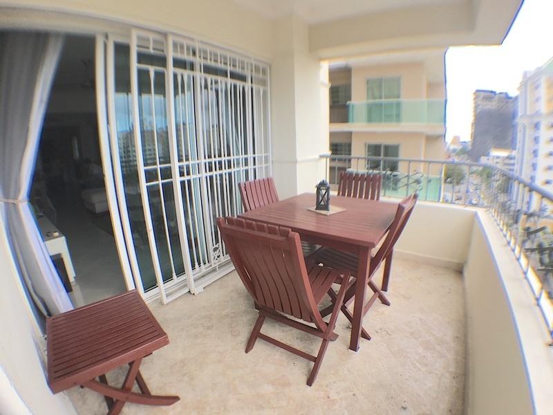 3 de 22: balcón con vista despejada y orientación sur