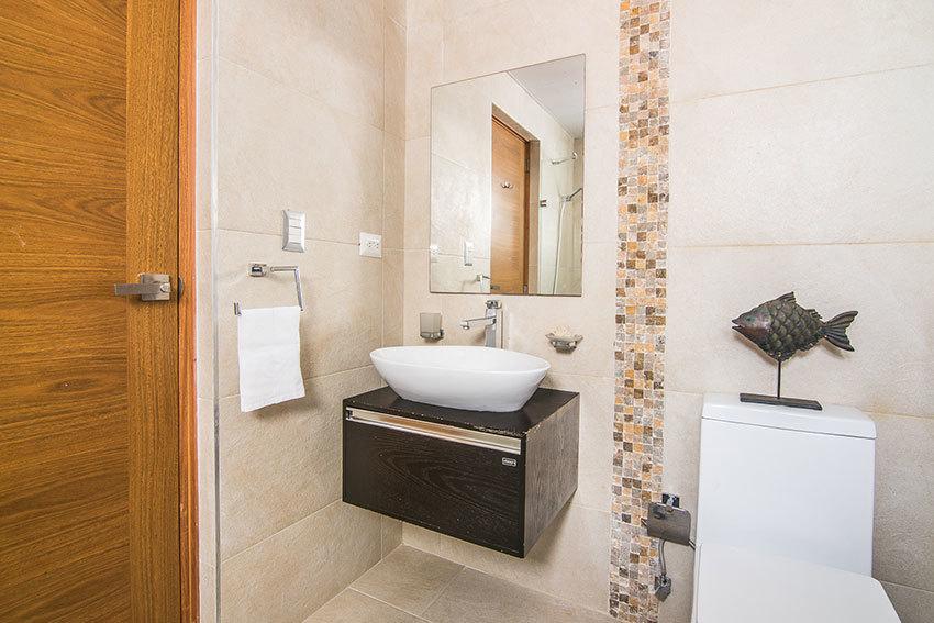 11 de 13: Baño Habitación secundaria