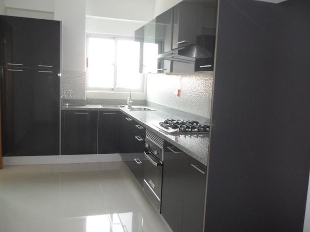 7 de 13: Cocina modular con ventilación