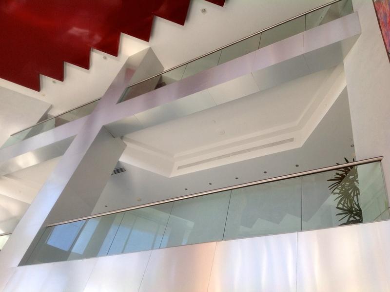 3 de 50: Techo del lobby Caney