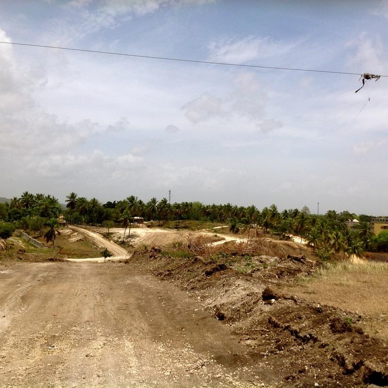 11 de 34: Desarrollo Urbanístico del Sector / Camino a la propiedad