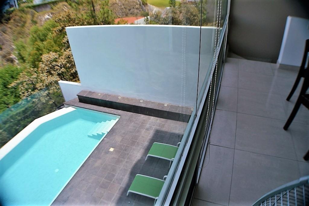 Casa Con Alberca Cumbres Residencial Zapopan Lujo