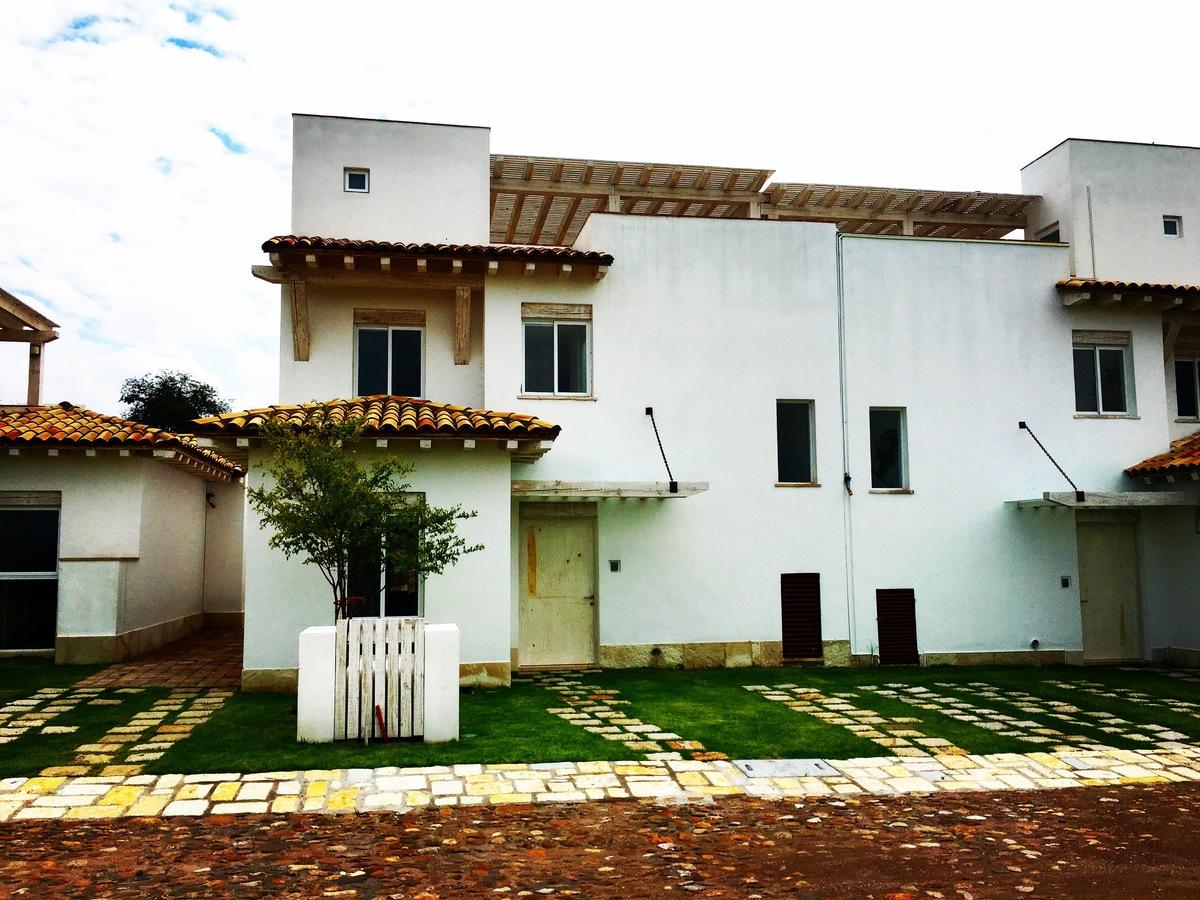 1 of 5: Villa Mezquite - Otomí Residencial