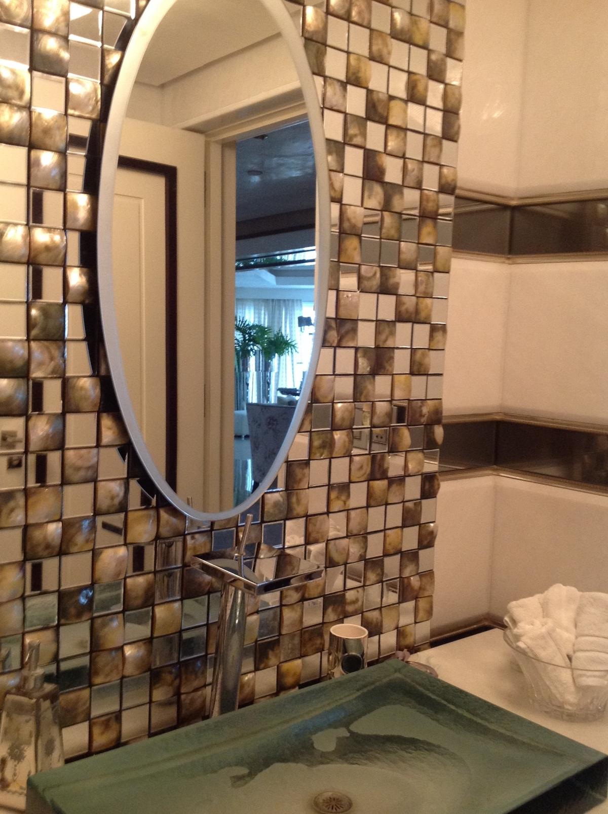 30 de 48: Detalle de baño