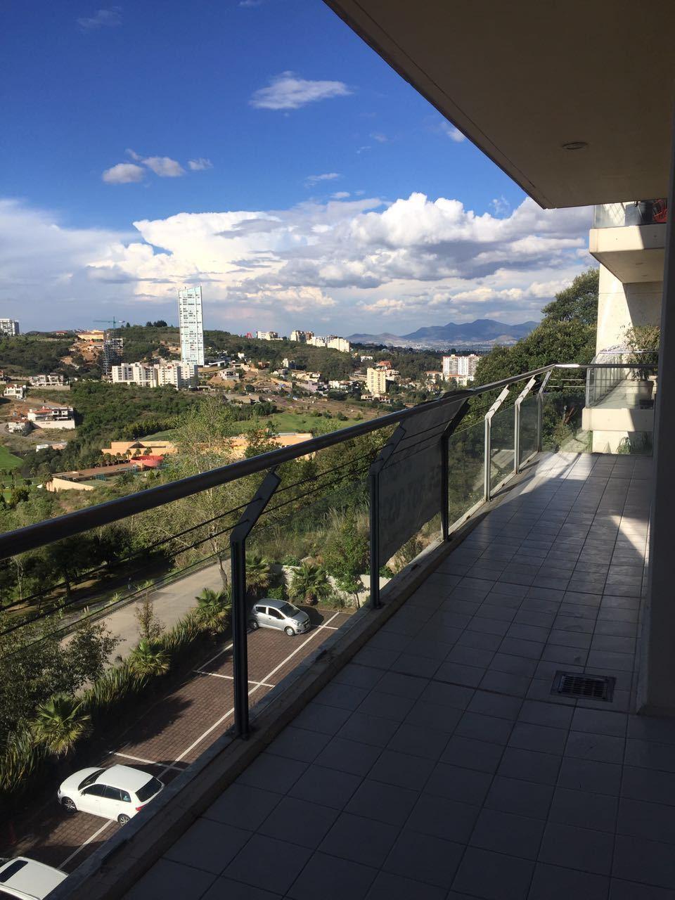 2 de 9: Amplio terraza
