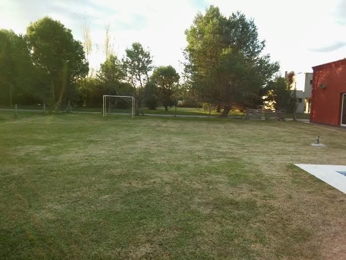 13 de 13: Cancha de Fútbol /Parque