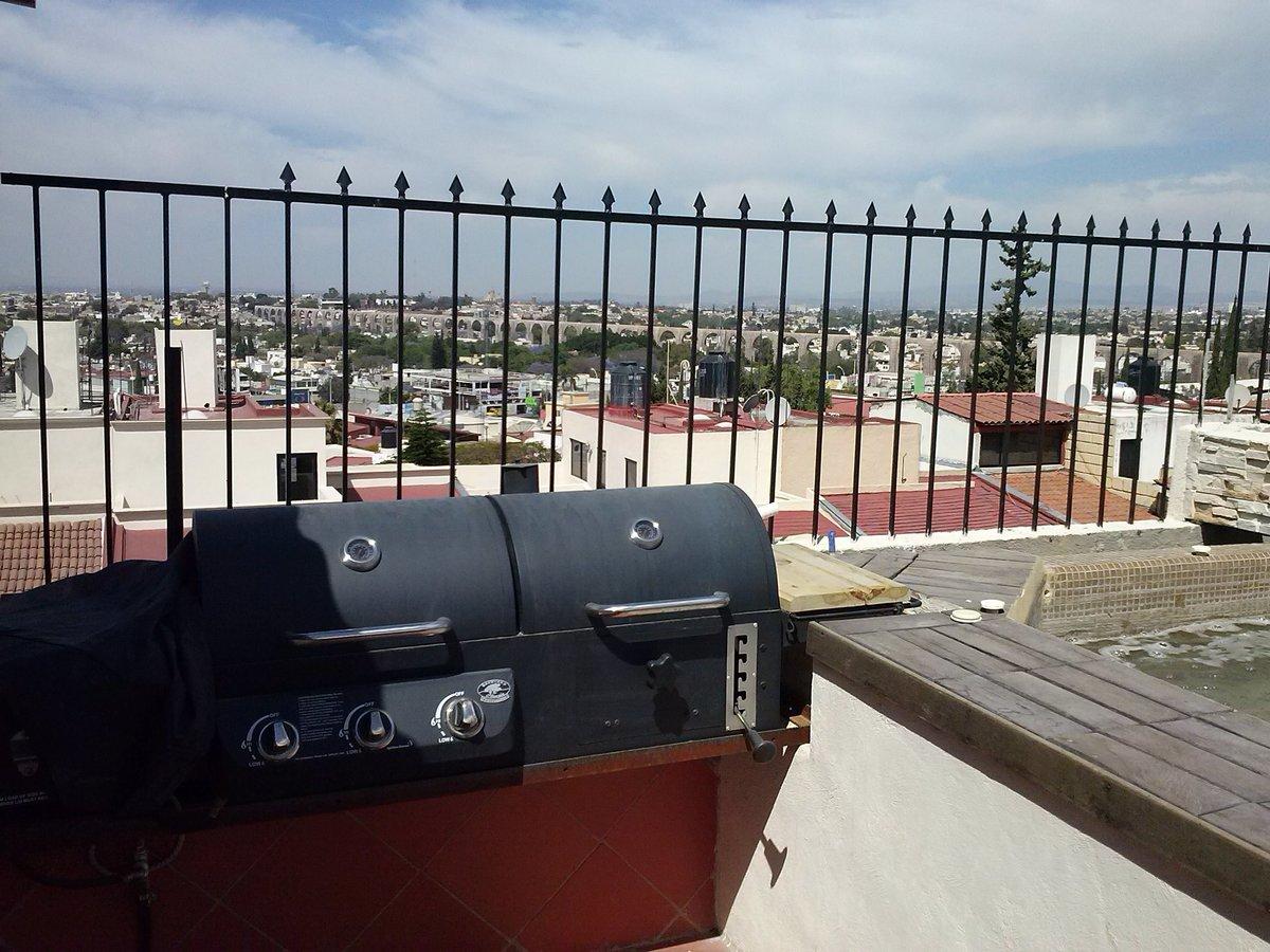 12 de 12: Asador en terraza
