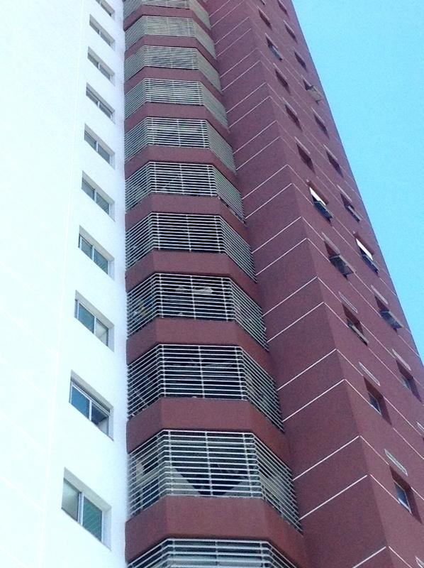 2 de 48: Fachada del Edificio
