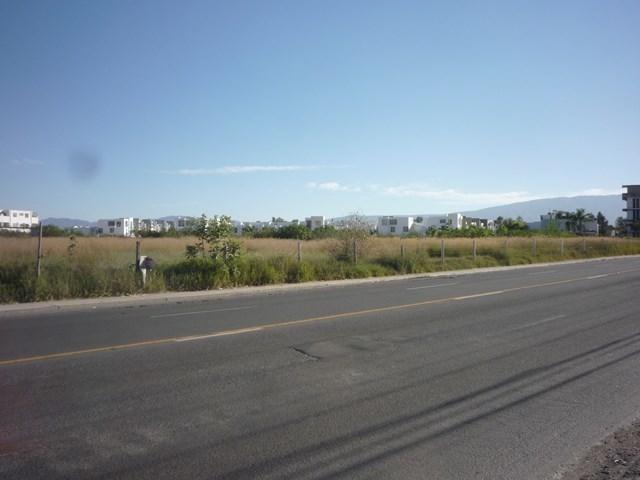 5 de 13: Borde de carretera