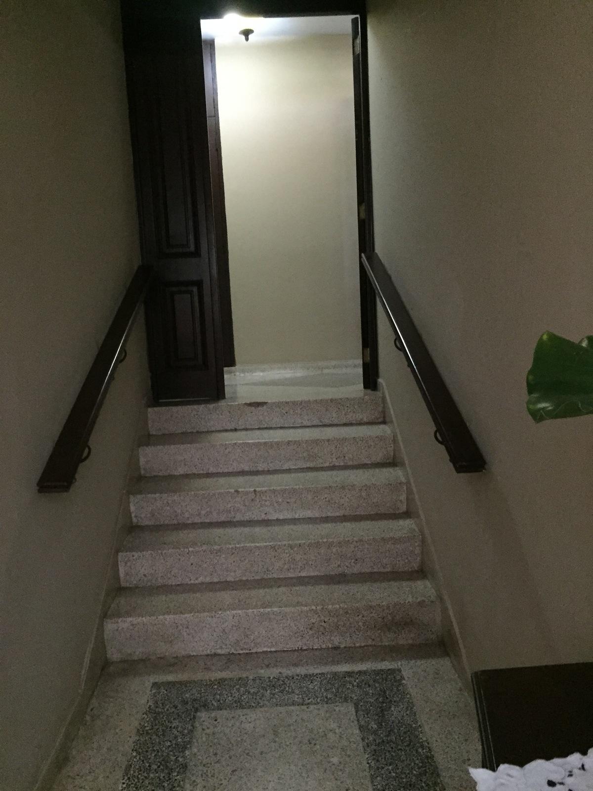 8 de 10: segundo acceso al área de habitaciones