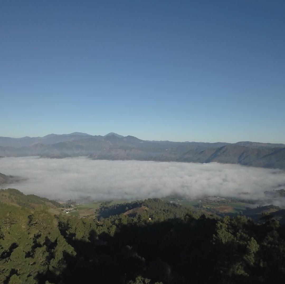 23 de 24: Vista al Valle con Neblina
